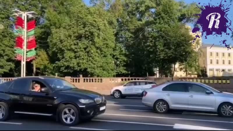 Беларусь автомобилисты поддерживают задержанных звукорежиссеров