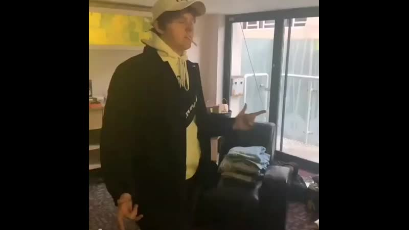 Lewis Capaldi dances 11