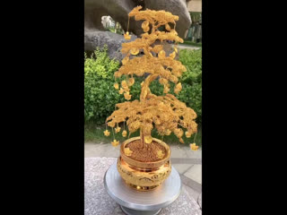 Изумительное дерево из алюминиевой проволоки, сделанное 6-летней китайской девочкой