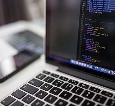 Найти индекс наибольшего значения в массиве на языке PHP