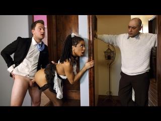Kira Noir - Up and Cummer (Black Hair, Blowjob, Ebony, High Heels, Leggings, Natural Tits, Outie Pussy, Sneaky, Uniform)