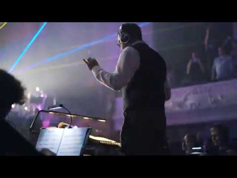 Darude's Sandstorm performed by Synthony and the Auckland Symphony Orchestra