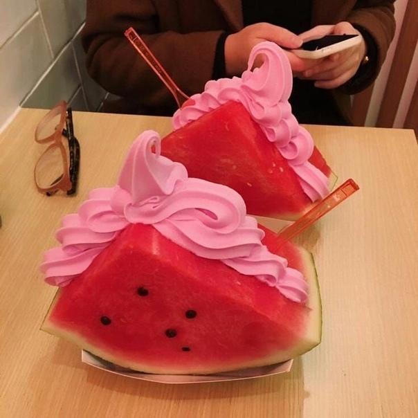 Мороженое в арбузе