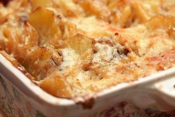 Шикарная подборка картофельных запеканок 1. Картофельная запеканка с сосисками и сыромИнгредиенты: Картофельное пюре 500гр,1 яйцо,Томатная паста,Сосиски 4шт.,Твердый сыр 100