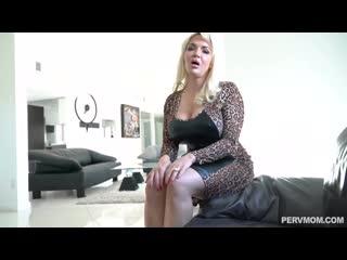 [Full Mom] Anna Nicole - West My Stepmom Fucks Me