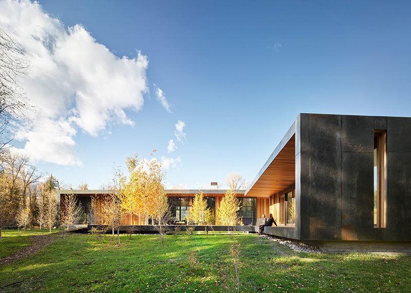 Впечатляющий дом посреди дикой природы в штате Вайоминг || 02