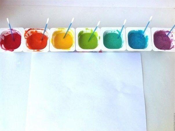 Объемные краски для детей Ингредиенты:- Блинная мука - 1 столовая ложка- Мелкая соль - 1 столовая ложка- 3 столовые ложки воды- Пищевые красителиЕсли у вас нет блинной муки, то можно взять