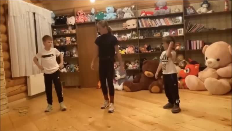Alexandra Trusova _ training session