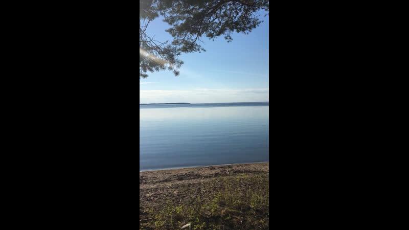 Ласковое онежское озеро