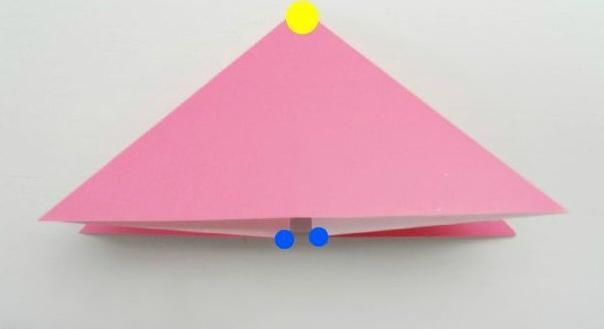 ЫБКИ ОРИГАМИ В переводе с японского оригами означает сложенная бумага. В стране восходящего солнца искусство оригами называют искусством целого листа. Это одно из самых главных правил