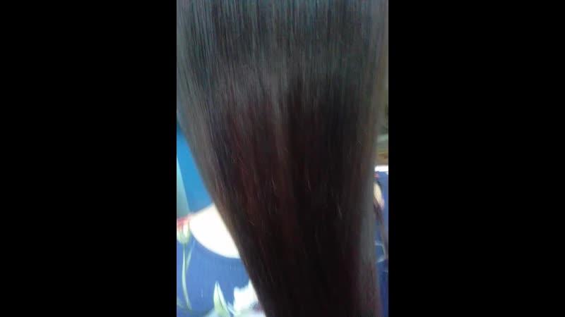 Ловите отчет о семинаре K11 Keratin Hair Botox – Ботокс для волос . 🔥ВСЕМ УЧАСТНИКАМ СЕМИНАРА🔥 Огромное спасибо мастерам и моделям. 💃2 Модель .Шатенка с поврежденным, ,секущимся волосом До и после.☝🏻 🌷✨🌷✨Ботокс: интенсивное лечение волос Рекомендуется для поврежденных волос. Преимущества: - возвращает волосам их природную красоту - обеспечивает интенсивное увлажнение и восстановление волос - придает волосам плотность Содержит: - Гидролизный кератин: кондиционирует и восстанавливает волосы. Делает волосы эластичными, послушными, обеспечивает антистатический эффект. - Масло арганы: восстанавливает и регулирует водно-липидный баланс, обладает высокой увлажняющей способностью. Сохраняет целостность клеток, препятствует выходу свободных радикалов. - Гидролизный белок пшеницы полимер силана: кондиционирует и восстанавливает волосы. Придает им природный блеск и шелковистость. Обеспечивает термозащиту во время использования фена и утюжка для укладки. - Масло ши (масло карите): обладает высокой увлажняющей и кондиционирующей способностью. Придает волосам блеск. Укрепляет слабые и поврежденные волосы. - Ланолин: восстанавливает утраченные липиды, препятствует потере влаги. Обладает высокой кондиционирующей способностью, придает волосам плотность, делает их блестящими и здоровыми. - Кватернизованный липид (18-МЕА) (первичный липид, обнаруженный в волосах): Делает волосы более устойчивыми к негативному влиянию окружающей среды. Облегчает расчесывание как влажных, так и сухих волос, укрепляет слабые и поврежденные волосы.🍓🍋🍋🍇🔥 А так же вы можете записаться к нам на курсы! Наш магазин: vk.com/luginstrument Группа по обучению: vk.com/haircutseducationlg Instagram: www.instagram.com/pankova_victoria/ www.instagram.com/thebarber_max/ Вк: vk.com/pankovaviktoria vk.com/thebarber_max