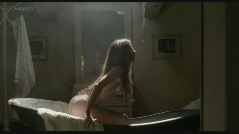 Джулия Гориетти Giulia Gorietti голая в сериале Тайны Борго Ларичи I segreti di Borgo Larici 2014 s01e04 HD 1080p