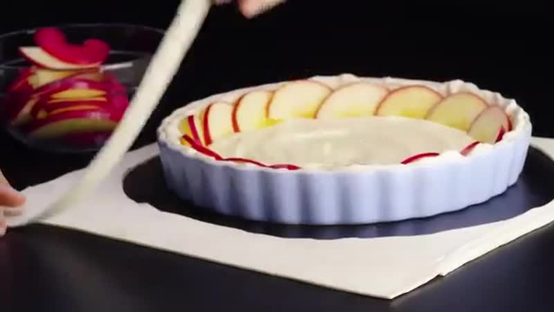 Яблочный пирог с пудингом