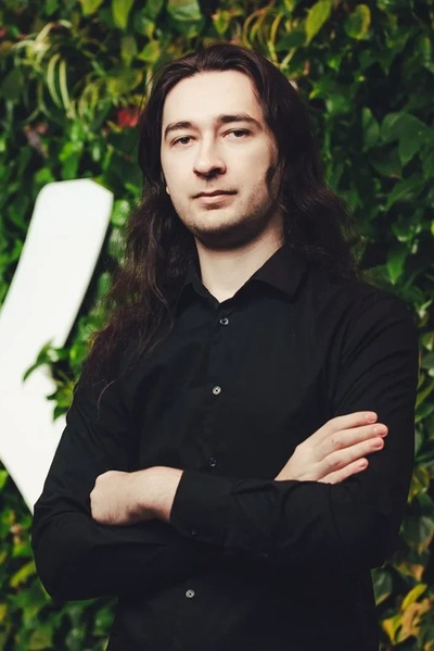 Артур Столяр