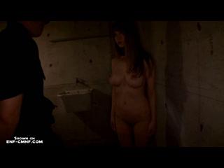 WiP, CMNF, заставили раздеться  охранник совершает досмотр очень красивой заключённой из Японии, раздевая её догола