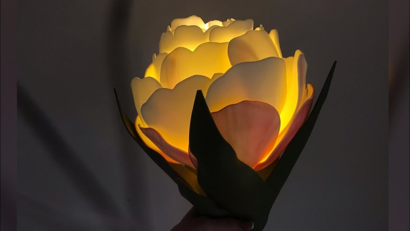 Тюльпан из изолона на ретро светильнике ICE CREAM
