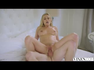 Addie Andrews - Porno, Blowjob, Doggystyle, Riding, Reverse Cowgirl, Creampie, Spooning
