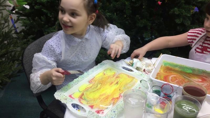 рисование на воде красками Эбру вместе с дети74