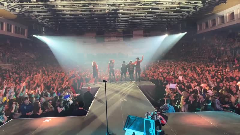 Thank you Voronezh what a great Night SCORPIONS 10 11 19