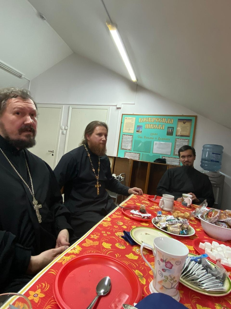 Встреча молодежного клуба храма святых Космы и Дамиана в Космодемьянском