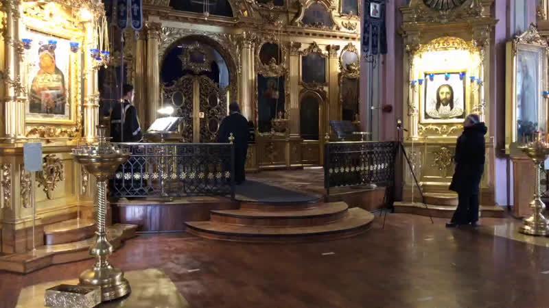 Утреннее богослужение во Владимирском соборе 15 04 2020