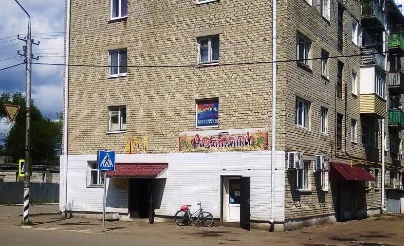 Фракция «Единой России» вынесла на рассмотрение областной Думы поправки в закон по борьбе с «наливайками»
