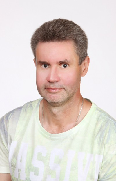 Oleg, 21, Yalta