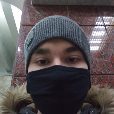 Коля Михайлов