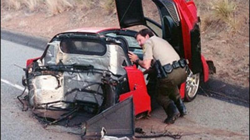 Ferrari Enzo машина водитель которой исчез на скорости 320 км час