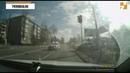 Видео столкновения машины ДПС и легковушки во время погони за золотистой Audi в Твери