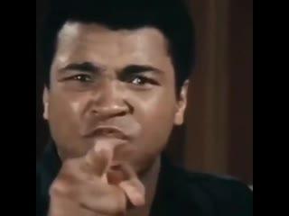 Мухаммед Али говорит