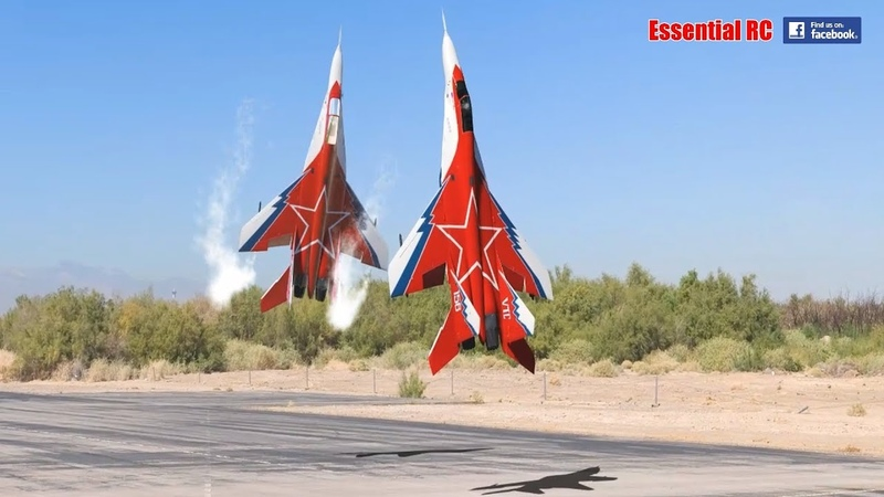 FANTASTIC Russian Mikoyan MiG 29 FORMATION PAIR DUO with OVT VECTORED THRUST Demo
