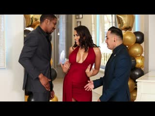Brazzers - Reunited And She Looks So Good / Luna Star & Isiah Maxwell