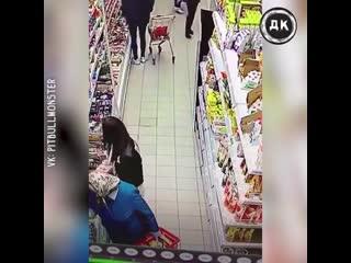 Девушки ограбили бабушку   Дерзкий Квадрат