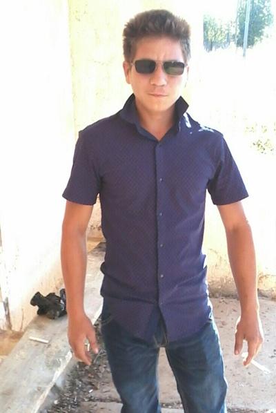 Denis, 25, Barda