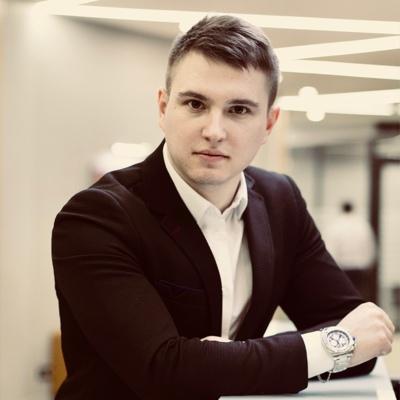 Максим Павловский