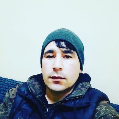 Искандер Бобошоев