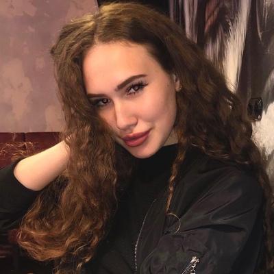 Анна Кольцова