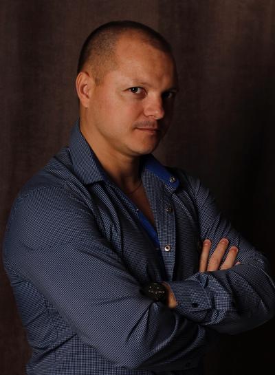 Станислав Ходырев