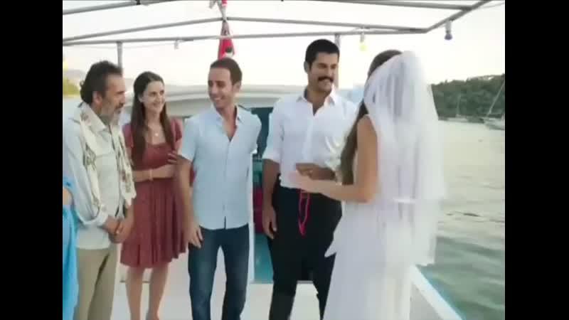 AliDeniz_Aşk Sana Benzer filminden güzel bir sahne 👰🤵❤ fahriyeevcenözçivit buraközçivit aşk love