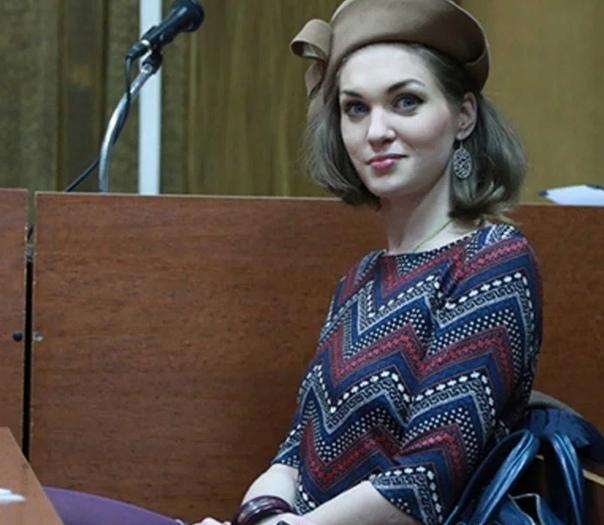 Столичная полиция объявила в федеральный розыск Глазову, которую СМИ прозвали «самой красивой наркоманкой» России 7 февраля Кузьминский районный суд приговорил девушку к одному году и восьми