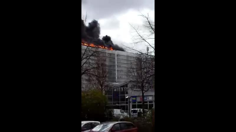 Dachbrand in Hohenschönhausen Explosion