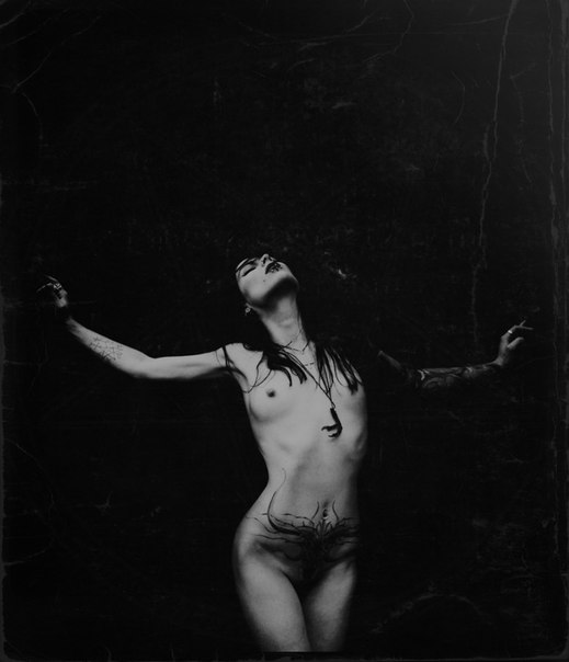 wicca-nude-women-hottest-nude-abs-girl