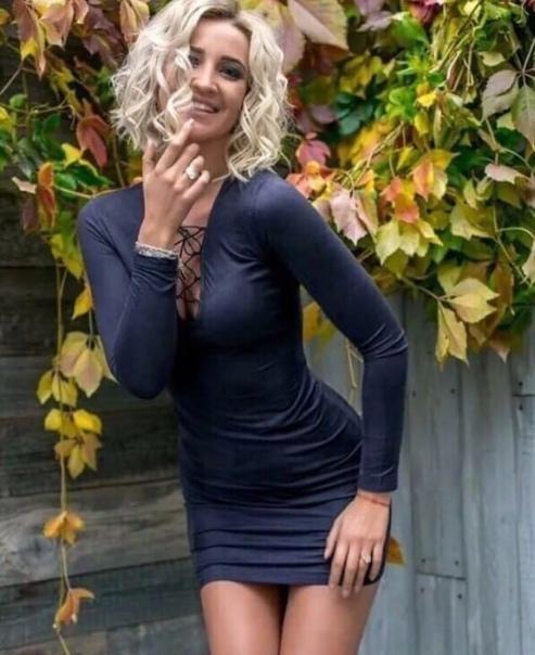 По мнению большинства российских читателей, бывшая участница шоу «Дом-2» и ныне певица Ольга Бузова является самой красивой певицей в